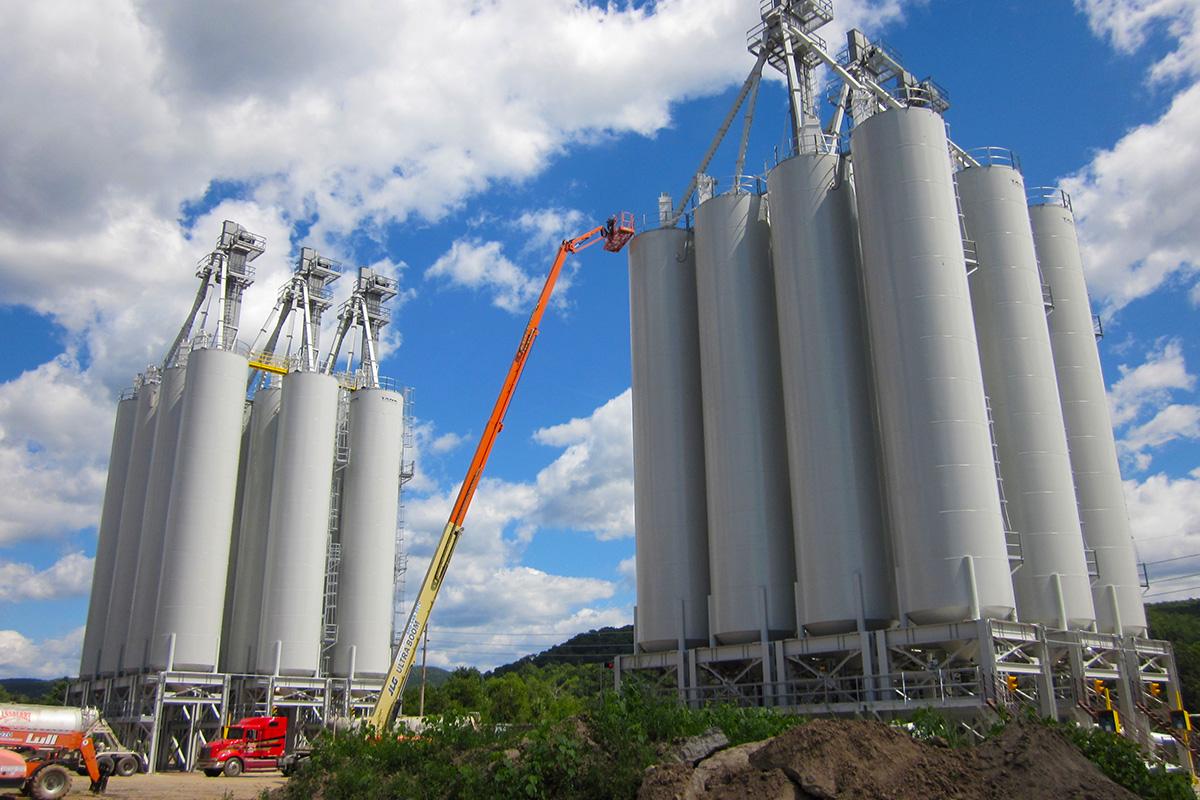 Storage silo system sand storage