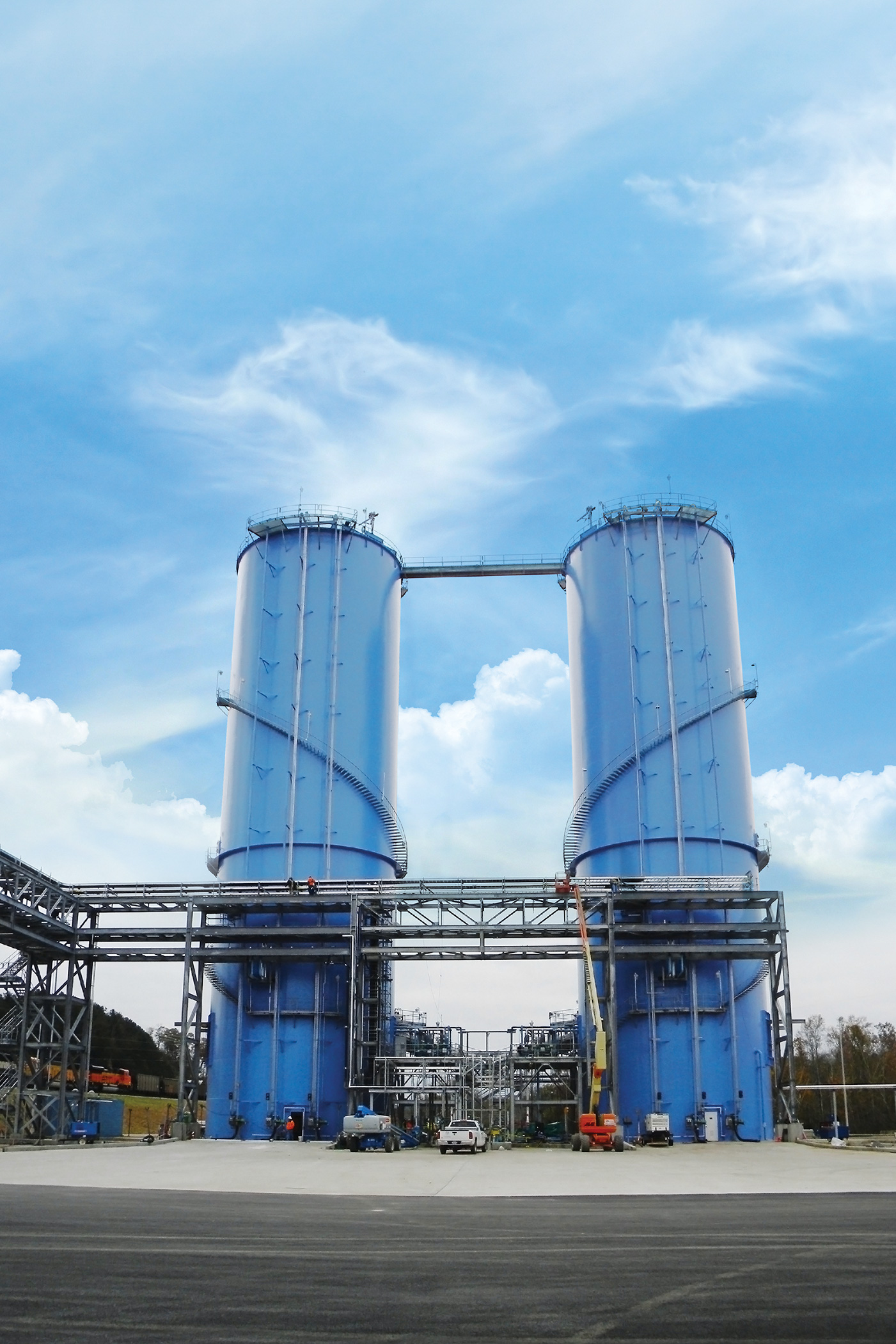 Field welded lime storage tanks